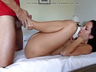 gorgeous mom gets fucked