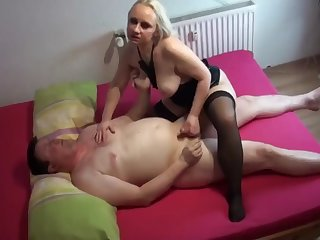 alexa the blond german hooker  with the next costumer