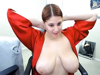 lovely chubby cooky shows pussy hole large on cam